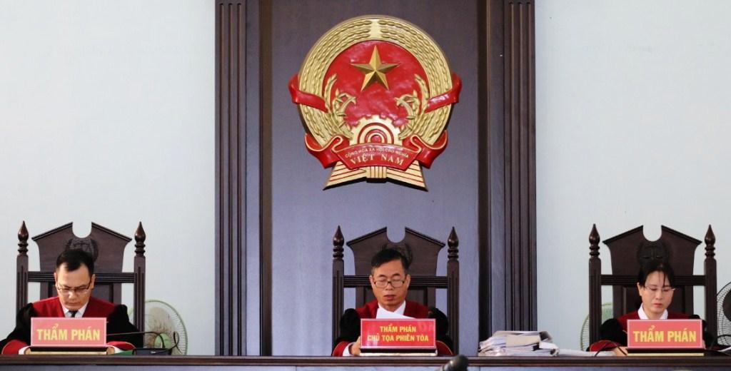 Giữ nguyên mức án sơ thẩm với các lãnh đạo thành phố Phan Thiết liên quan đến sai phạm về đất đai