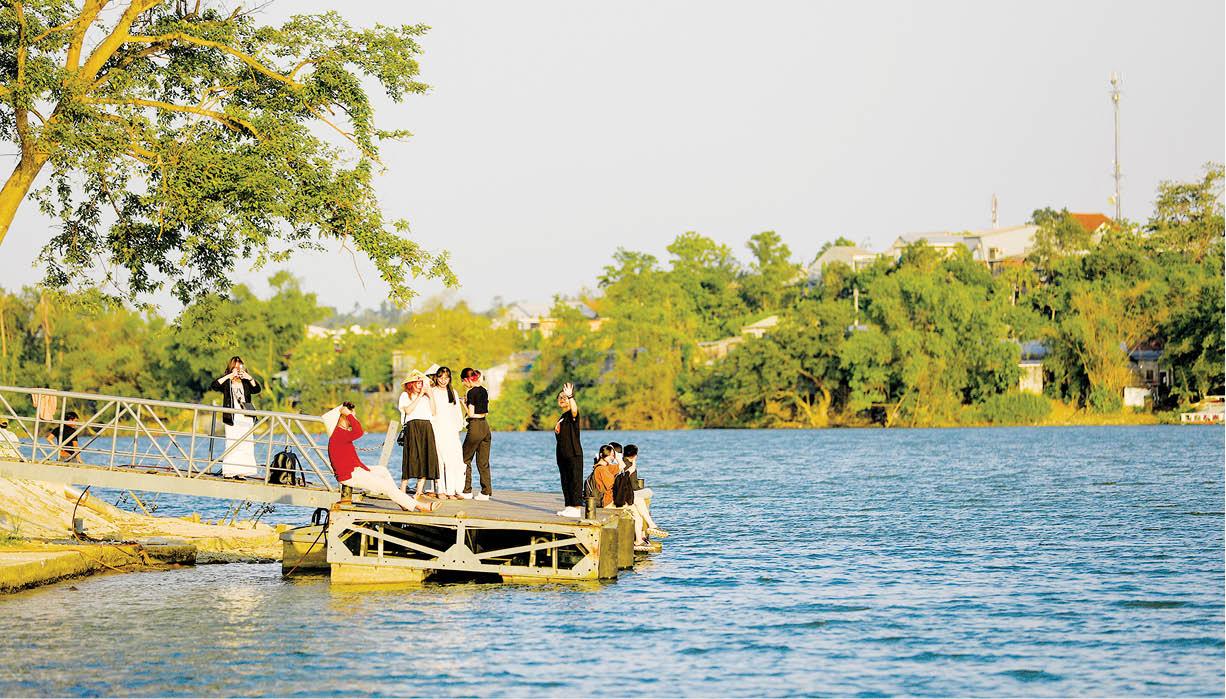 Quy hoạch hai bờ sông Hương