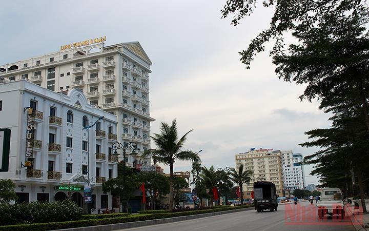 Huyện Sóc Sơn: Vì sao dự án xử lý sự cố đê hữu Cầu chậm tiến độ?