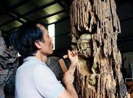 Những nghệ nhân làng chạm khắc gỗ Đông Giao
