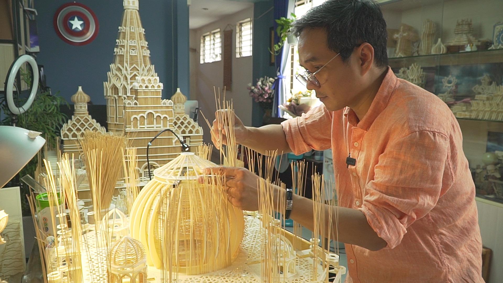 Choáng ngợp tuyệt tác kiến trúc bằng tăm giang của nghệ nhân Việt